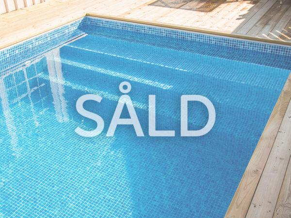 Miami Pool Rektangulär Invändig Gaveltrappa