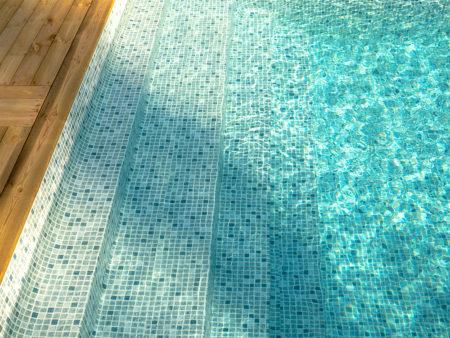 Miami Pool gaveltrappa Lounge invändig pooltrappa